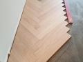 Jodełka klasyczna, Jodełka francuska, montaż na kleju, Finishparkiet, parkiet drewniany